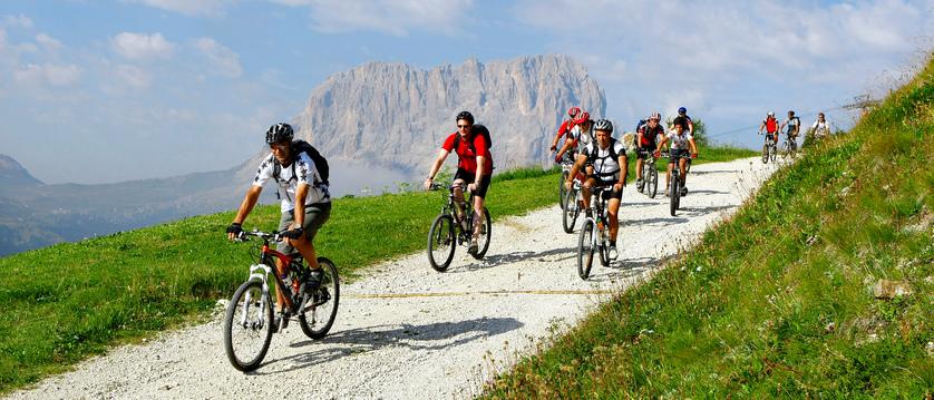 ortisei-mountain-biking.jpg
